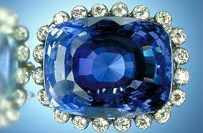 Prsten se safírem? Modrá je dobrá